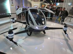 DRONE AUTONOME CAPABLE DE TRANSPORTER UNE PERSONNE