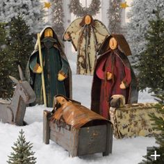 always looking for a tasteful outdoor nativity set and this is beautiful christmas nativity