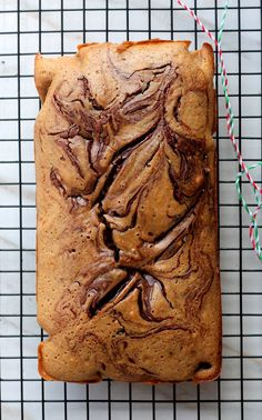 Chocolate Chai Bread combines two of my favorite things – chocolate and chai into a ridiculously good quick bread. Perfect for snacking as well as gifts this Holiday season! (Favorite Cake Holidays)