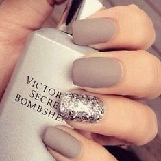 Pin for Later: 30 Manicure Ideas That Will Make You Mad For Matte #beautynails
