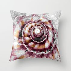 shell extract Throw Pillow