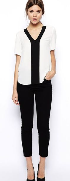 Just a pretty style | Latest fashion trends: Women's fashion | V neck color block shirt