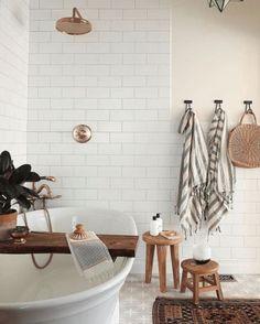 Home Interior Salas .Home Interior Salas Bad Inspiration, Bathroom Inspiration, Home Design, Bath Design, Design Ideas, Sweet Home, Rustic Bathroom Decor, Parisian Bathroom, Eclectic Bathroom