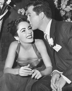 Elizabeth Taylor & Larry Parks Kiss Photograph Love Is Better Than Ever 1952 Hollywood Icons, Old Hollywood Glamour, Golden Age Of Hollywood, Vintage Hollywood, Hollywood Stars, Classic Hollywood, Rita Hayworth, Lauren Bacall, Marilyn Monroe