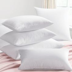 Silk filled pillow is dense and firm which provides the optimal level of support for the neck. Filled with 100% silk floss with cotton casing, the silk pillow remains cooler throughout the night, resulting in a more comfortable and restful sleep.