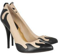 McQ by Alexander McQueen Leather Beige Pumps