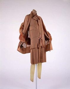 Ensemble 1928, American, Made of silk and fur.