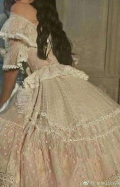 Classy Aesthetic, Aesthetic Clothes, Aesthetic Art, Ball Dresses, Ball Gowns, Pretty Dresses, Beautiful Dresses, Fairytale Dress, Princess Aesthetic