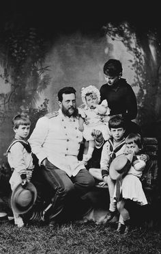 Grand Duke Vladimir Alexandrovitch and Maria, Grand Duchess Vladimir with their children | Royal Collection Trust