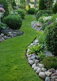 We want you to have access to all those beautiful backyard gardens ideas, so we decided to put together a sweet bundle of pictures to inspire you. See more at backyardmastery.com #BackyardGardening
