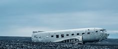 Abandoned Flight - 21:9 Ultrawide HD Wallpaper (3440x1440)