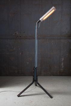 Rich Brilliant Willing / branch single floor lamp
