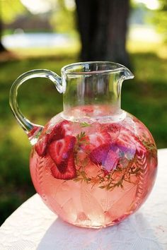 Summer Wedding Ideas - Jugs Of Lemonade + Punch With Strawberries.......