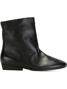 The best 296 best The Stiefel images on Pinterest   Beautiful schuhe, Schuhe Stiefel ... 4d4288
