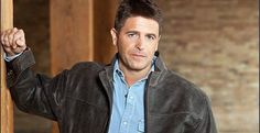 Brad Thor loves freedom and hates terrorists. It doesn't take much more than a few pages into any one of his thrillers for one to get that impression. However, for those who haven't read his novels and don't know where his allegiances lie, it became crystal clear on Twitter this week, following the Paris terrorist attack.  The outspoken Thor hijacked a hashtag calling for #RespectForMuslims........l