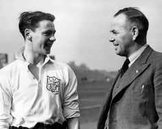17-year-old Bobby Robson with Fulham boss Bill Dodgin, 1950.