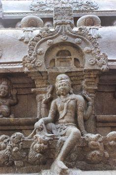 Vettuvan Koil (Tirunelveli - Tamil Nadu) #travelblog #indiatravel #photoblog #tamilnadu #tamilnadutourism #indiatourism #architecture #sculpture #indianart #hinduism #temples