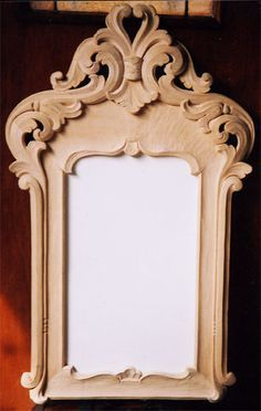 Wood Carving Patterns, Wood Carving Art, Carving Designs, Wood Art, Art Sculpture En Bois, Wood Clocks, Wood Interiors, Diy Mirror, Woodworking Furniture