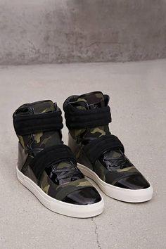 c79d26372200d8 The Best Men s Shoes And Footwear   21 MEN Radii Camo Sneakers