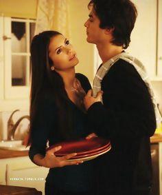 The Vampire Diaries, Damon & Elena.