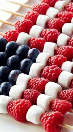 Berry Patriotic Kabobs How-To