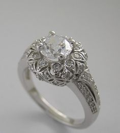 Love the classic look of this antique style ring!