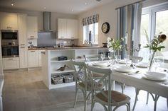 Light, fresh kitchen