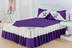 The most beautiful models of Djerba brush colors Bed Sets, Bed Sheet Sets, Ruffle Bedding, Bedding Sets, Bed Sheet Painting Design, Home Bedroom, Bedroom Decor, Quilted Curtains, Bed Cover Design