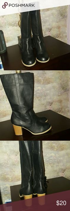 ac2d26eccaef Old Navy boots Black mid calf boots with wooden like heel barely worn Old  Navy Shoes Heeled Boots