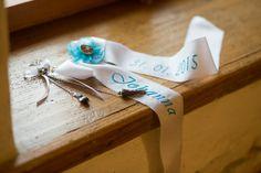 Masche und Trachtenanhänger für Taufkleid in Tracht!  Foto: Goodshoots/  Design : Inge Rebhandl/ Trachtenanhänger: Wildes Atelier Designer, The Originals, Atelier, Accessories, Clothing Apparel