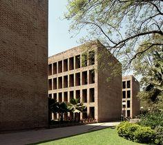 Indian Institute of Management. Ahmedabad, Gujarat, India. Louis Kahn. 1962-74