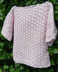 How to Crochet into the Third Loop Video Tutorial Crochet Shawl, Free Crochet, Knit Crochet, Pretty In Pink, Diy Clothes And Shoes, Crochet Dragon, Flamingo Pattern, Top Pattern, Crochet Clothes