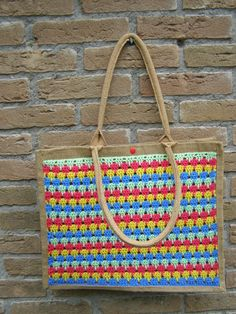 knutsel-mam Crochet Handbags, Clay Animals, Gift Bags, Crochet Projects, Straw Bag, Projects To Try, Purses, Knitting, Blog