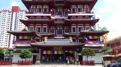 Buddha Tooth Relic Temple and Museum 佛牙寺 http://mytravelfootstep.blogspot.com/