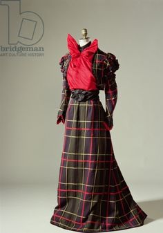 Walking Dress, c.1890 creator American School, (19th century) nationality American location © Philadelphia History Museum at the Atwater Kent, date 19th (C19th)