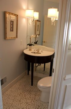 My Notting Hill: Anne's Windowless Powder Room Transformed