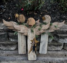 Most recent Photos Primitive Decor christmas Thoughts Any time this outdated institution good friend went in to my house 10 years before, the girl experience illumi. Christmas Angels, Christmas Art, Christmas Projects, Christmas Decorations, Father Christmas, Christmas Thoughts, Christmas Wreaths, Rustic Wood Crafts, Primitive Wood Crafts