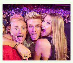 Frankie Grande, Cody Simpson and Gigi Hadid -- Coolest Celeb Selfies from the 2014 Radio Disney Music Awards   Twist #RDMAs