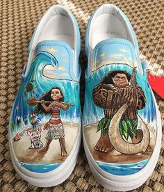 Disney Painted Shoes, Painted Canvas Shoes, Custom Painted Shoes, Hand Painted Shoes, Disney Vans, Disney Shoes, Custom Vans Shoes, Cute Vans, Creative Shoes