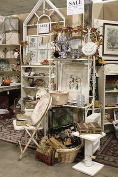 merchandising ideas antique mall booth | Booth Display Ideas / Common Ground: Relics Antiques Mall