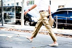 Paris_Fashion_Week_Spring_Summer_15-PFW-Street_Style-Viviana_Volpicella-Golden_Trousers-1