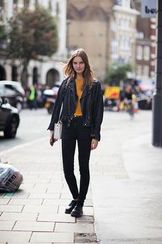 "runwayandbeauty: "" Tilda Lindstam - Model off duty, London 2013 Source: Stockholm street style "" Tilda Lindstam, Stockholm Street Style, Paris Street, Model Street Style, Models Off Duty, Grunge Fashion, Street Fashion, Net Fashion, London Fashion"