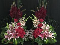 Beautiful floral arrangement                                                                                                                                                                                 Más