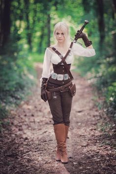 Ciri Cosplay by VerraLeto on DeviantArt – The Witcher Series Viking Costume, Viking Cosplay, Renaissance Fair Costume, Medieval Costume, Medieval Dress, Warrior Outfit, Fantasy Dress, Fantasy Clothes, Medieval Clothing
