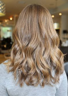 Love this colour, cut and style