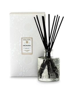 Refresh your room with this Mokara fragrance diffuser from Voluspa. Scent of white lily, mokara orchid and spring moss Voluspa Candles, Soy Candles, Scented Candles, Room Diffuser, White Lilies, Glass Jars, Glass Bottle, Cool Gifts, Mini