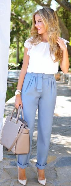 Paper Bag Pants are just Amazing for work #Simple #Sexy #Women #WorkOutfits || Simple-and-Sexy-Work-Outfits-For-Young-Women || Work Outfits for Young Women || Work Outfits Ideas || Cute Work Outfits || Casual Work Outfits #casualworkoutfit #womenworkoutfits
