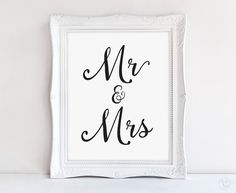 Printable Wedding Mr & Mrs Sign. Beautiful hand calligraphy wedding sign. Print on kraft paper for rustic style or white/cream paper for an elegant