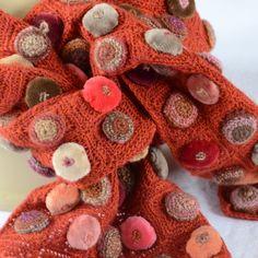 Petite écharpe Sophie digard, fait main crochet, modèle biscuit pop minus