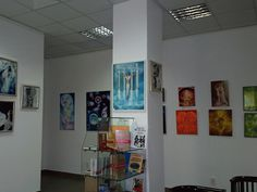 Expozitie de pictura Photo Wall, Gallery Wall, Frame, Home Decor, Homemade Home Decor, Photography, A Frame, Frames, Hoop